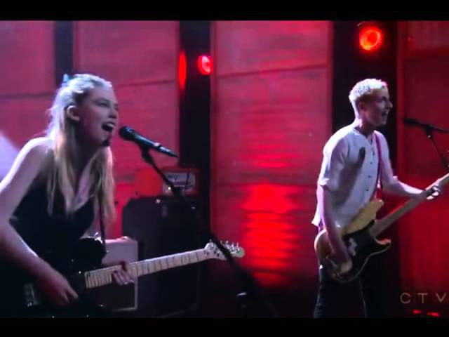 Wolf Alice Moaning Lisa Smile Live on Conan