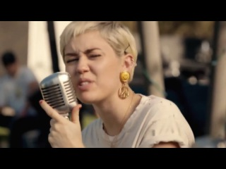 Майли Сайрус |Miley Cyrus Ft. Joan Jett - Different (The Backyard Sessions)