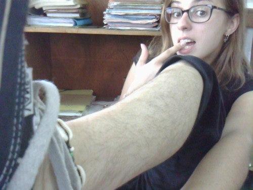 волосатые женские ноги в чулках фото все страницы