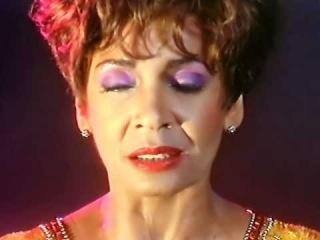 Shirley Bassey - The Rhythm Divine HD