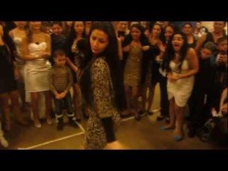 gitanas bailando en una boda