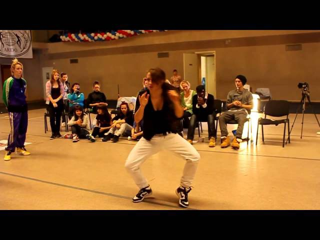 smotret-klassnie-tantsi