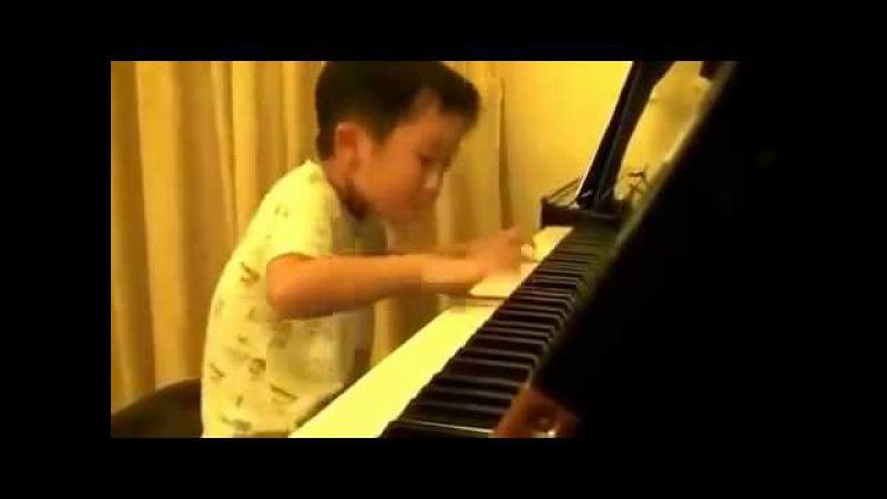 Маленький Моцарт на Фортепиано Шедевр