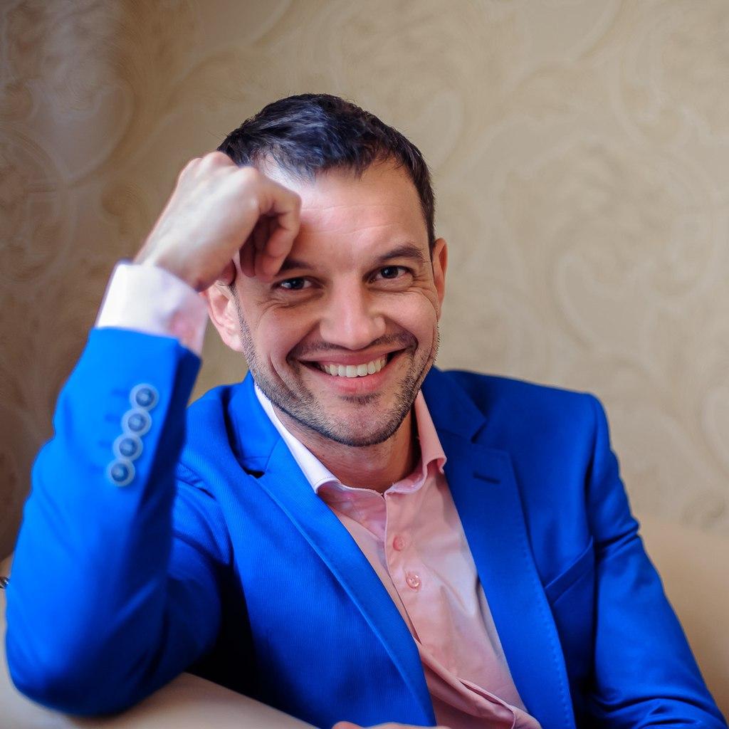 Петр Петровский - свадебный фотограф в Украине и за рубежом