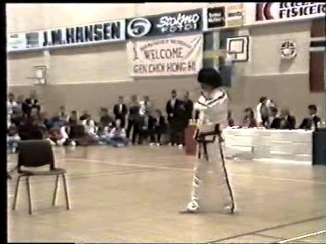ITF Tae Kwon-Do demo with GM Trân Triêu Quân (1985)