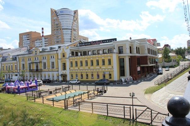 Фамилия в ТЦ «Галерея» Московская обл, г Подольск, ул