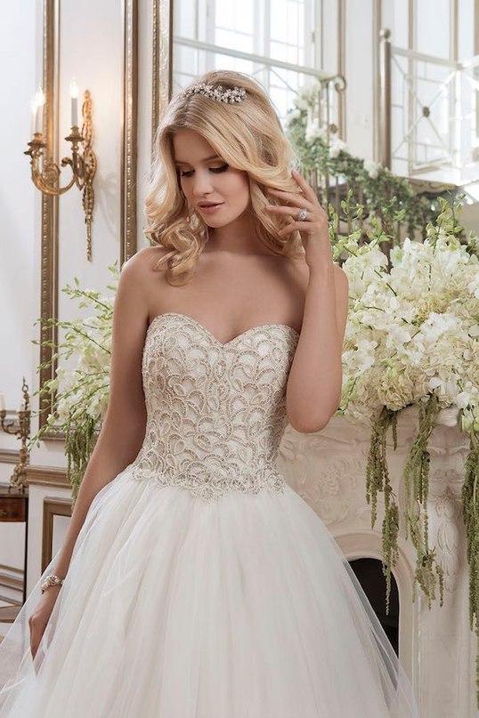 Uclhof1qt7A - Свадебные платья от Justin Alexander