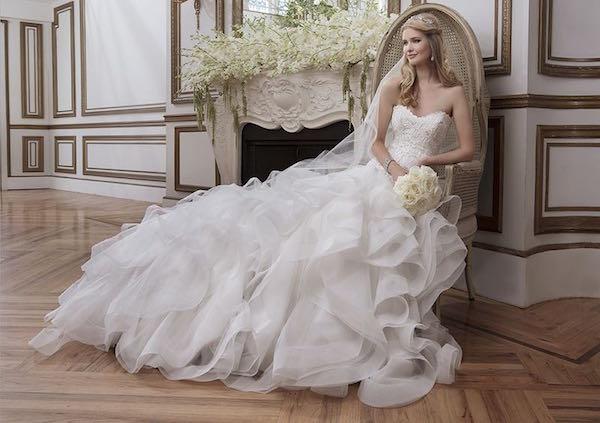 HDqaXgDd61U - Свадебные платья от Justin Alexander