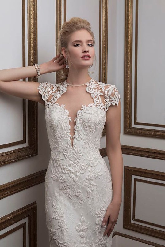 GLU3PsV3MpQ - Свадебные платья от Justin Alexander