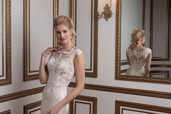 0j7CiOOvtww - Свадебные платья от Justin Alexander