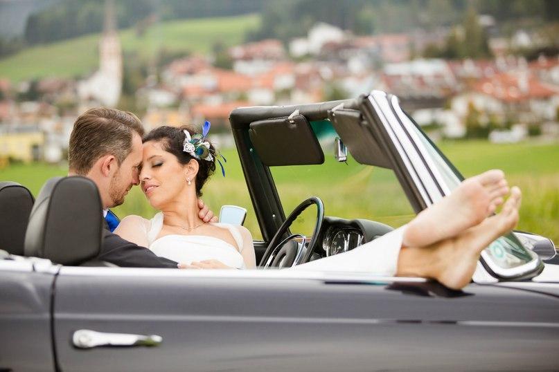 lCa RC gNIs - Автомобиль свадебного кортежа