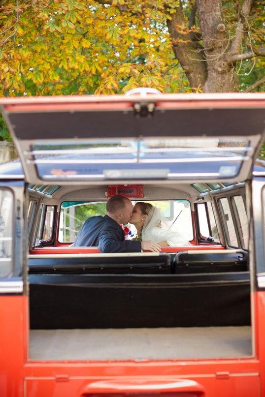 q0k99mdACw - Автомобиль свадебного кортежа