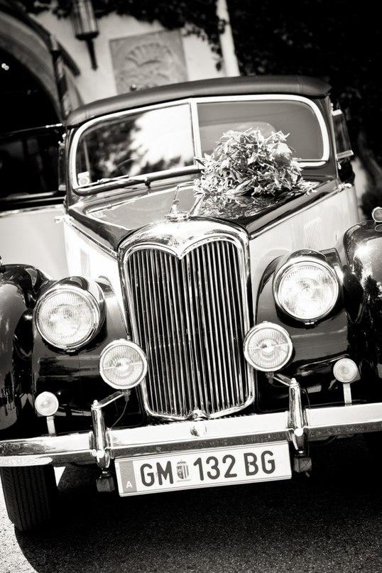 ga0FaXkrdE0 - Автомобиль свадебного кортежа