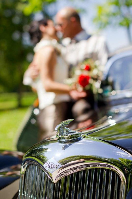 75J69 1jYk0 - Автомобиль свадебного кортежа