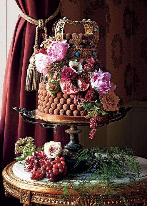 udWRijh31WI - Свадебные торты королевских семей Англии (7 фото)
