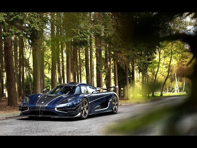 Koenigsegg One1 220MPH (Street-Customs.com)