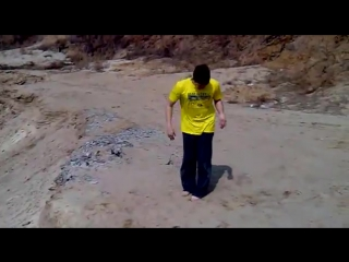 1 урок по Паркуру от команды AkroExtreme(Переднее сальто)