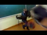 Ахахах Ржач сто раз пересмотрел)))))))))))))))Спорим добавишь!!)