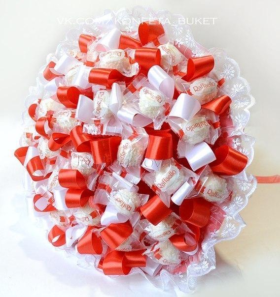 Букеты из конфет и ленточек
