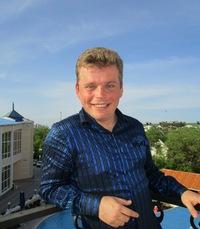 Дмитрий Маслеников