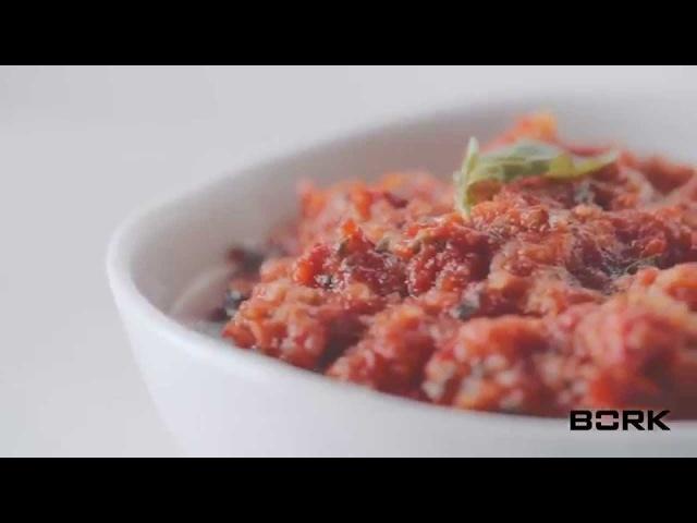 Песто с вялеными томатами в блендере BORK B802