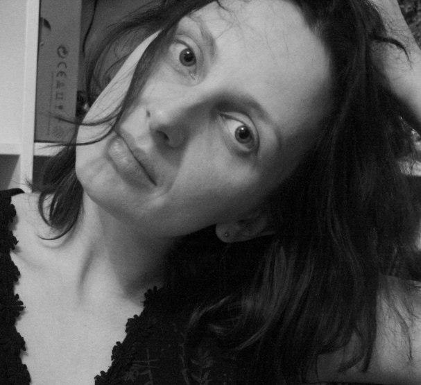 О Девочке Анечке (Анне Блиновой) информация из ВК 39LXtC9HXc8