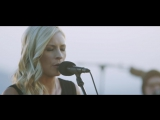 Jenn Johnson - In Over My Head (Crash Over Me)