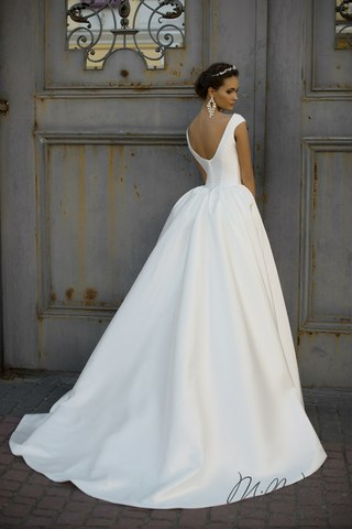Весільні сукні Стрий оптом і в роздріб - UA