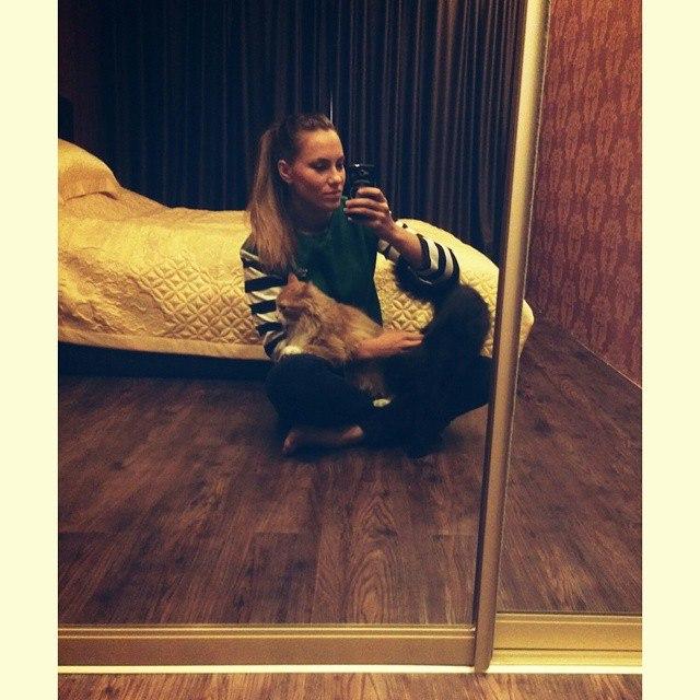 Ekaterina Nikisheva with her cat │ Image Source: Katerina Nikisheva