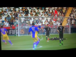 Роналду в world 11~на 7 секунде угар!~fifa15~