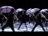GLEE - Singing In The RainUmbrella (Full Performance) (Official Music Video)