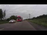 Водитель автобуса рискует жизнями своих пассажиров (Комсомольск на Амуре, 14.07.2015.)