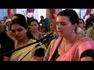 Kirtan Mela Mayapur 2013 Day 2 : HG Nadia Mani Tulsi Madhvi mataji