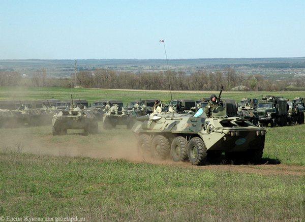 Владимир Путин поручил Сергею Шойгу вернуть 17,6 тысяч военных с учений в Ростовской области