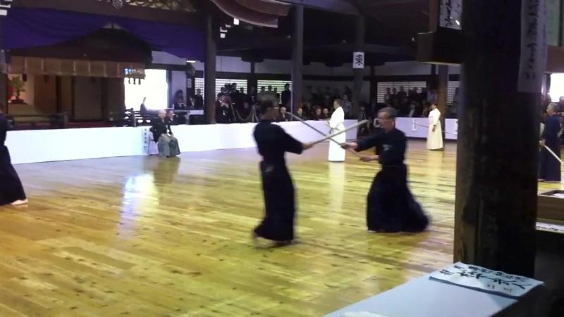 Kurogo Genji Sensei performing Ran Ai