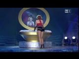 Очаровательно Шокирующие  Танцы со звездами в Италии это не только засветы трусииков