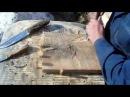 Маленький переносной рабочий столик верстак для резьбы по дереву с упорами.