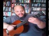 Ed Motta cantando uma palinha de 'Dez mais um amor'