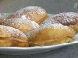 Заварные пирожные с кремом из вареной сгущенки - Рецепты - Первый канал