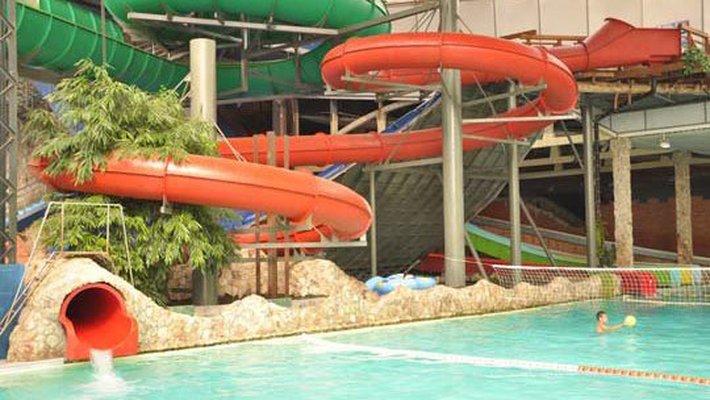 Следком возбудил дело за нарушение безопасности в аквапарке «Барионикс»