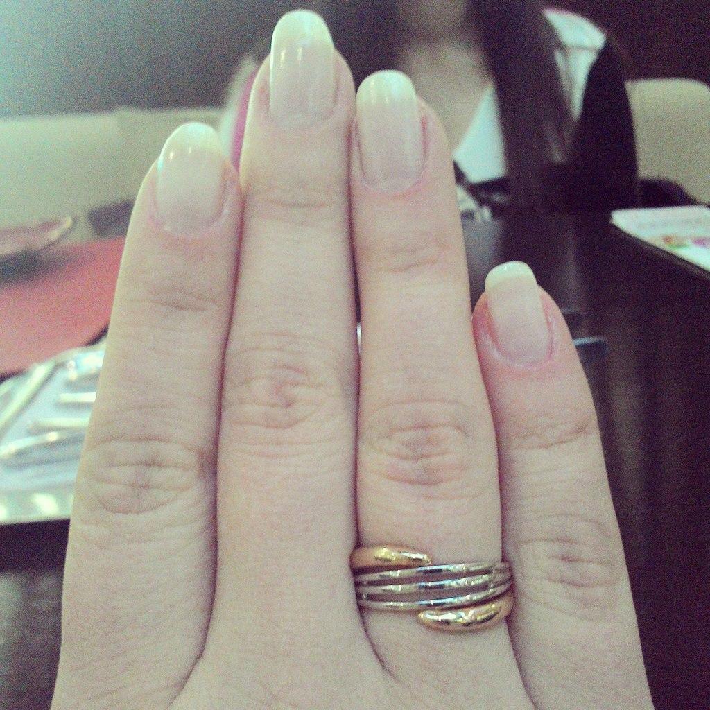кольцо необручальное, одна штука
