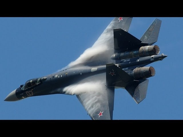 Paris Air Show 2013 - Su-35 vertical take-off Air Show (HD)