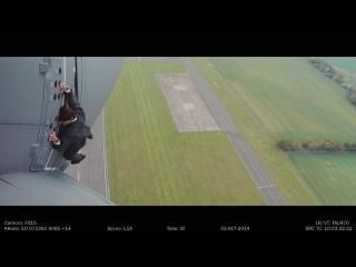 Миссия невыполнима 5: Том Круз выполняет трюк на крыле самолета А-400 (Экшн/ США/ 16+/ в кино с 6 августа 2015 года)