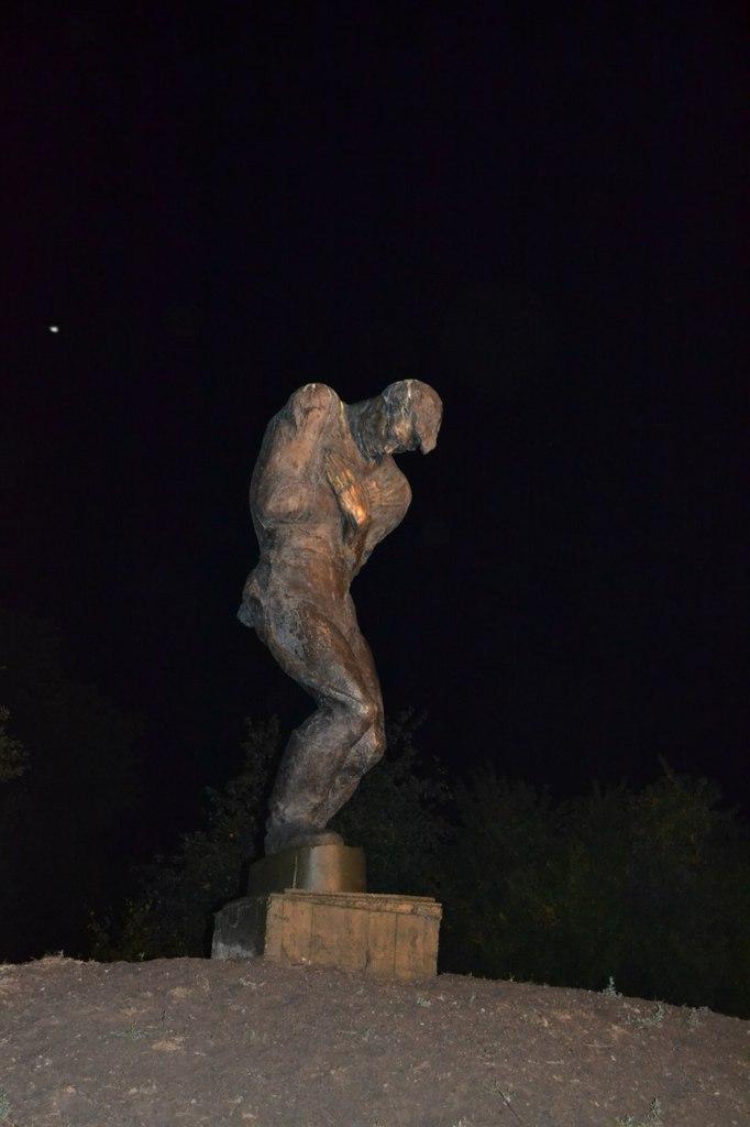 Киев. Печерск. 25.08.15 г. Елена Руденко (130 фото) 7HHHr9g7PhA