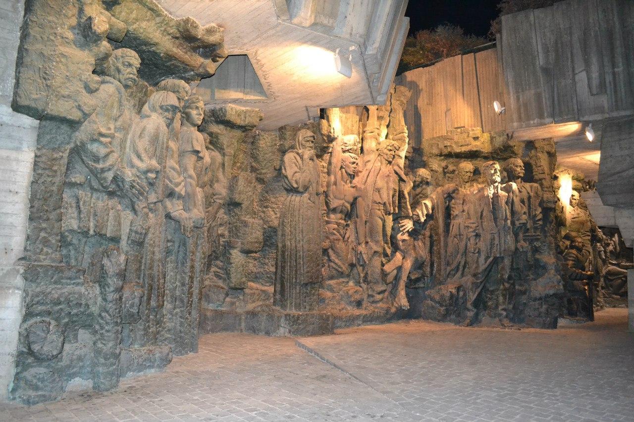 Киев. Печерск. 25.08.15 г. Елена Руденко (130 фото) Lrn6UxOcFlk