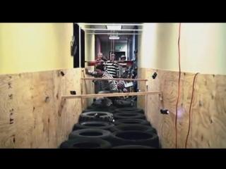 Jackass 3D Electric Avenue (Taser Hallway)