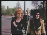 NINA HAGEN AND LENE LOVICH SINGING IN THE STREET