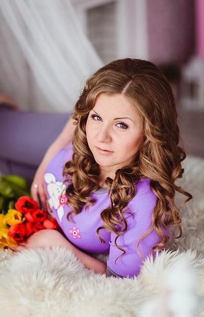 Анна Рожкова