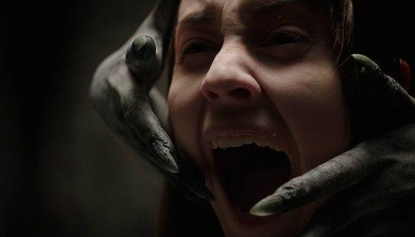 Лучшие фильмы ужасов 2015 года. Забирай на стену чтобы не потерять!