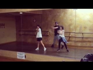 @laurajquinn: These two + dancing = a happy heart! Love you both @pongypal@toddflanagan (<- thanks for the fun moves💋) Can't wai